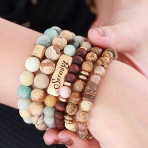 Jewelry - Natural stone beaded stretch Bracelet